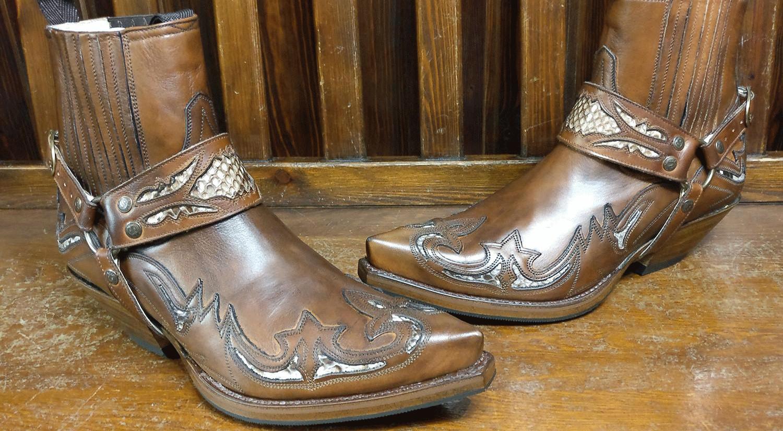 6e960ae7a6 BOTINES COWBOY COMODIDAD Y ESTILO WESTERN - Corbeto s Boots Blog