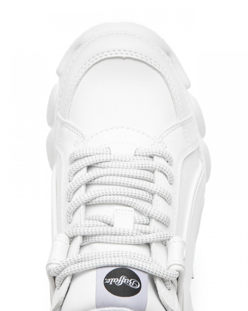 2934fe624cb Corin White | Corin white faux leather Buffalo sneakers with platform -  Corbeto's Boots