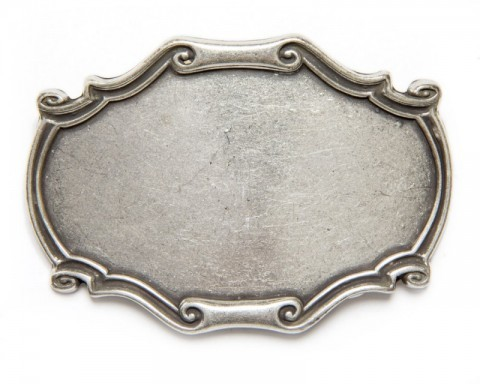 Plain silver metal unisex belt buckle with relief frame edge