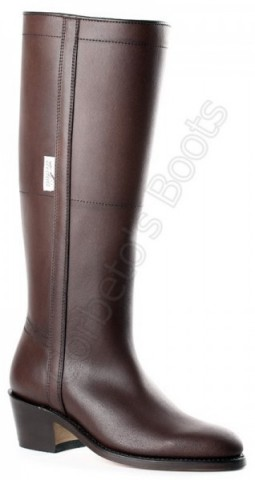 Rociero boots for ladies from Valverde del Camino featuring high leg, high heel and zipper
