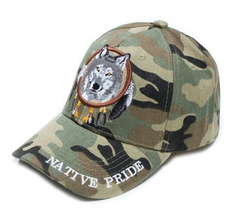Embroidered wild wolf camouflage cap